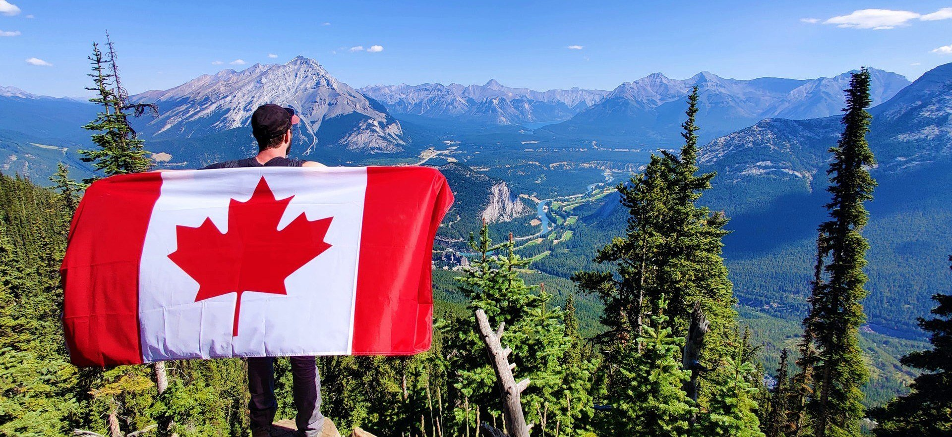 Reisender mit Kanada Flagge