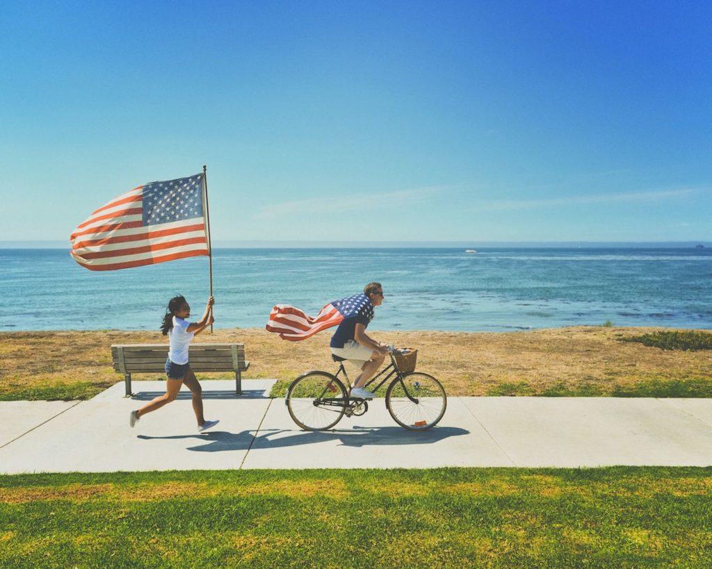 USA Flaggen am Strand