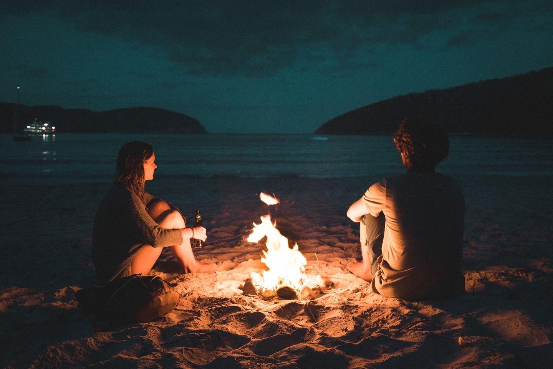 Lagerfeuer am Strand in Australien